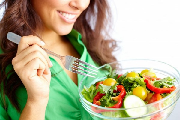 Женщина и еда